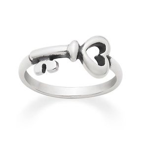 James Avery The Hearts Key Ring